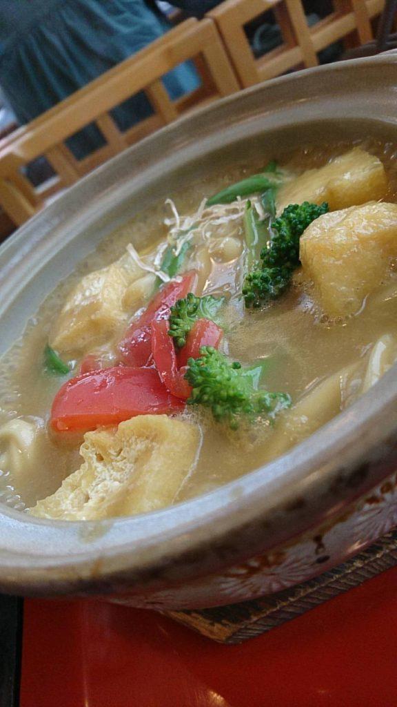 勝美屋(彩り野菜のカレー煮込み)