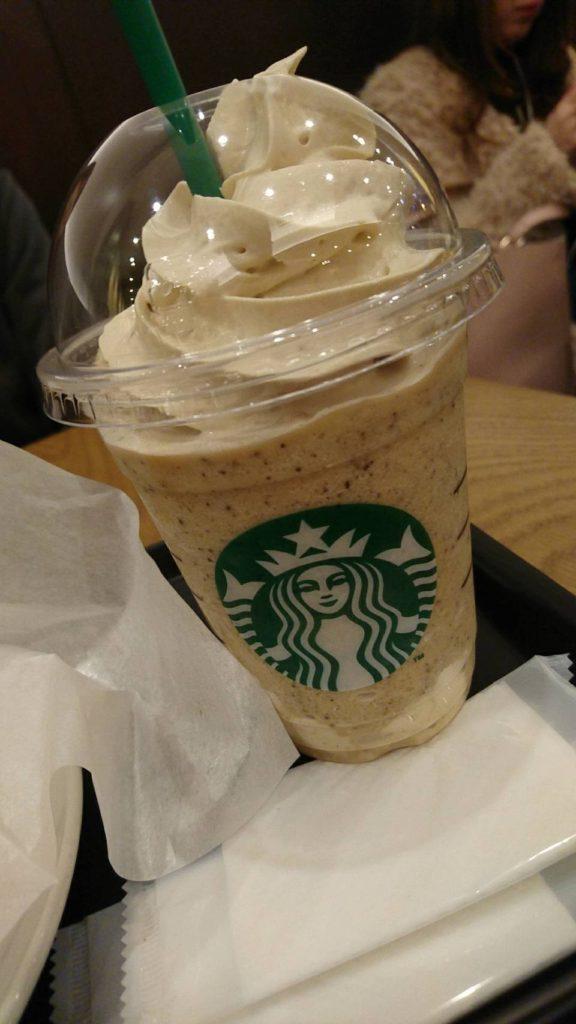 スターバックスコーヒー(コーヒー&クリームフラペチーノ)