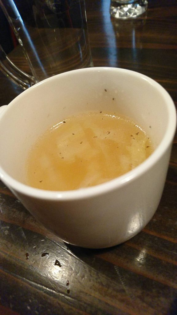 ダイニングオー ゴッツォ(デミグラスソースの煮込みハンバーグ)