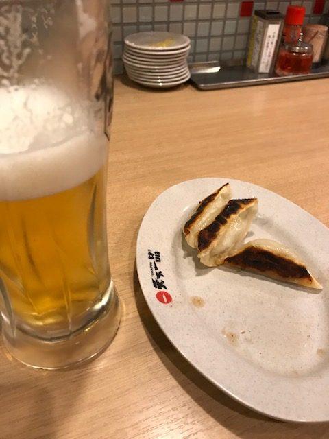 ビールに餃子